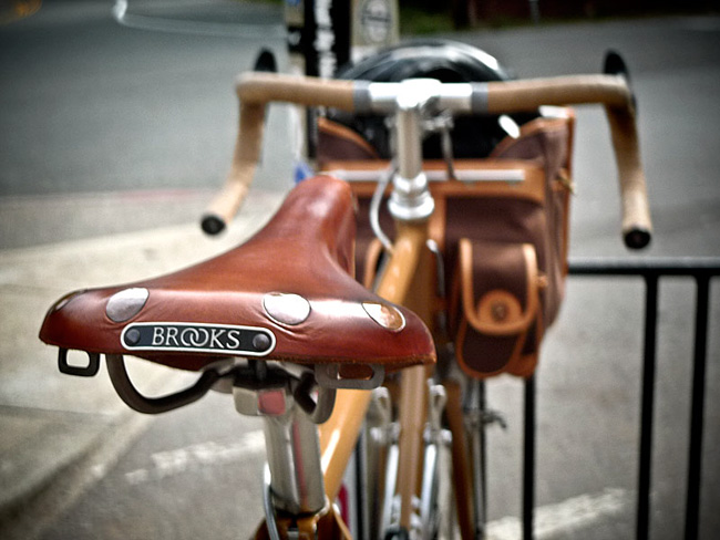 Brooks-saddle-1